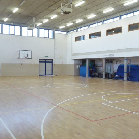 Sports parquet floors for school gym